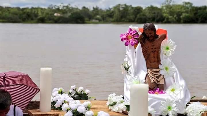 Bojayá entierra sus muertos 17 años después